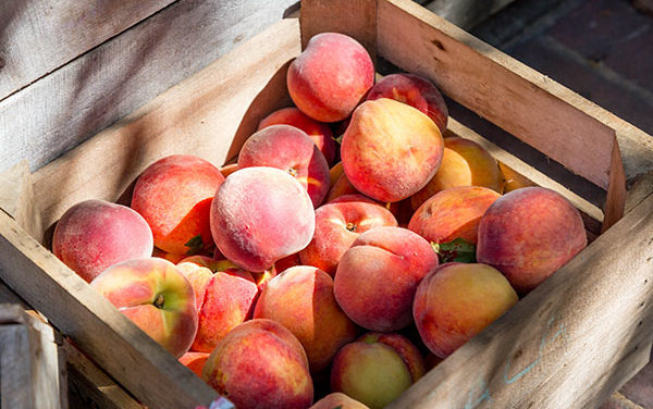 Peach Raspberry Crisp